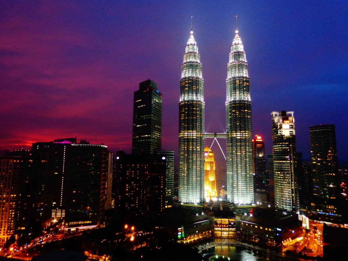 2560x1024 singapore night petronas - photo #45
